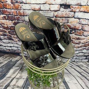 Dansko Patent Leather Floral Donna Sandal